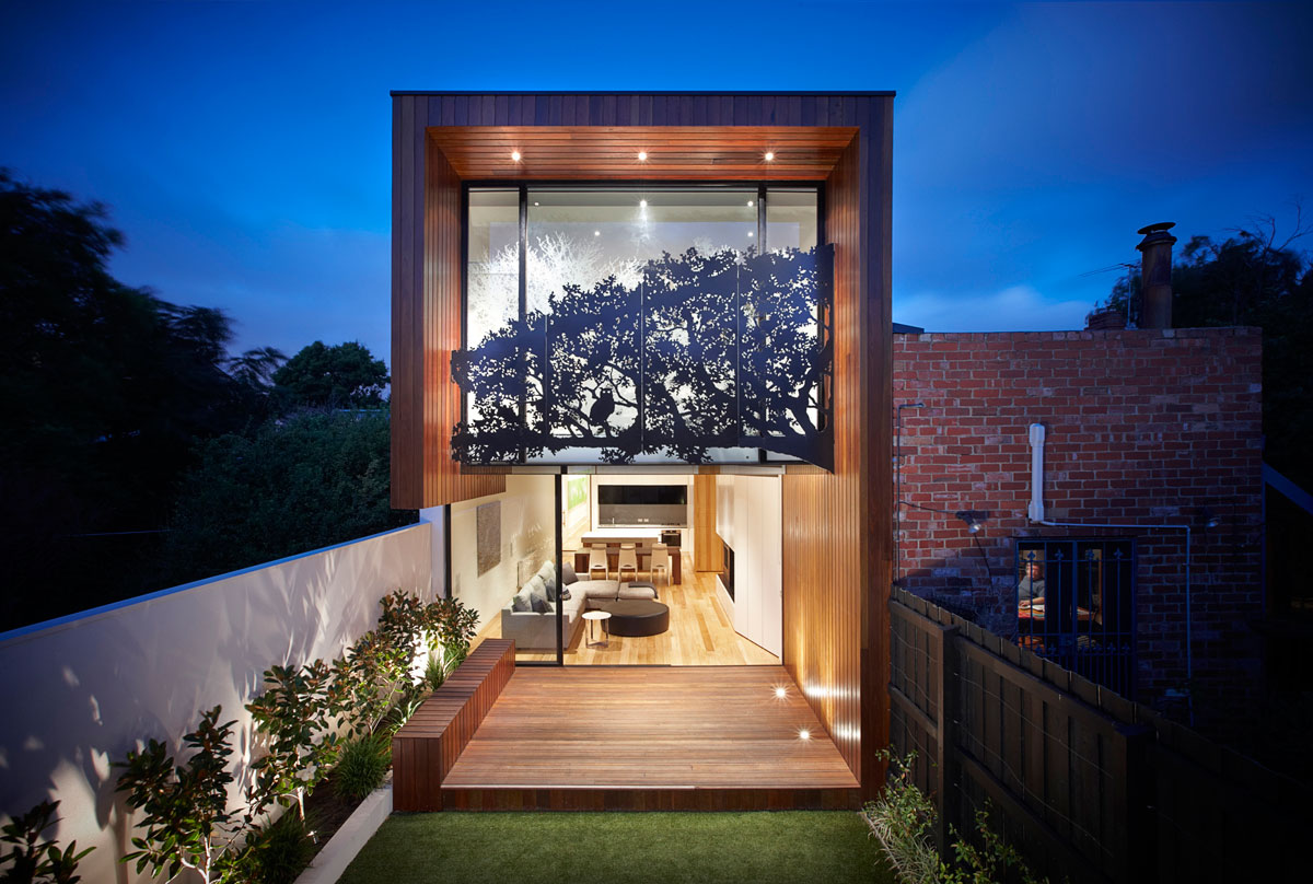 stately-elevated-house-design-brown-wooden-laminated-classic-walls-floor-and-ceiling-blend-clear-glass-pattern-trees-sticker-glass-wall-solid-glass-white-painted-made-of-concrete-yard-fence-stately-el
